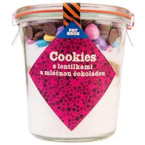 Cookies s lentilkami a mléčnou čokoládou v dóze
