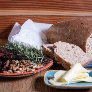 Chléb s celozrnnou moukou
