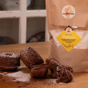 Muffiny se dvěma druhy čokolády, pohankovou moukou a banánem