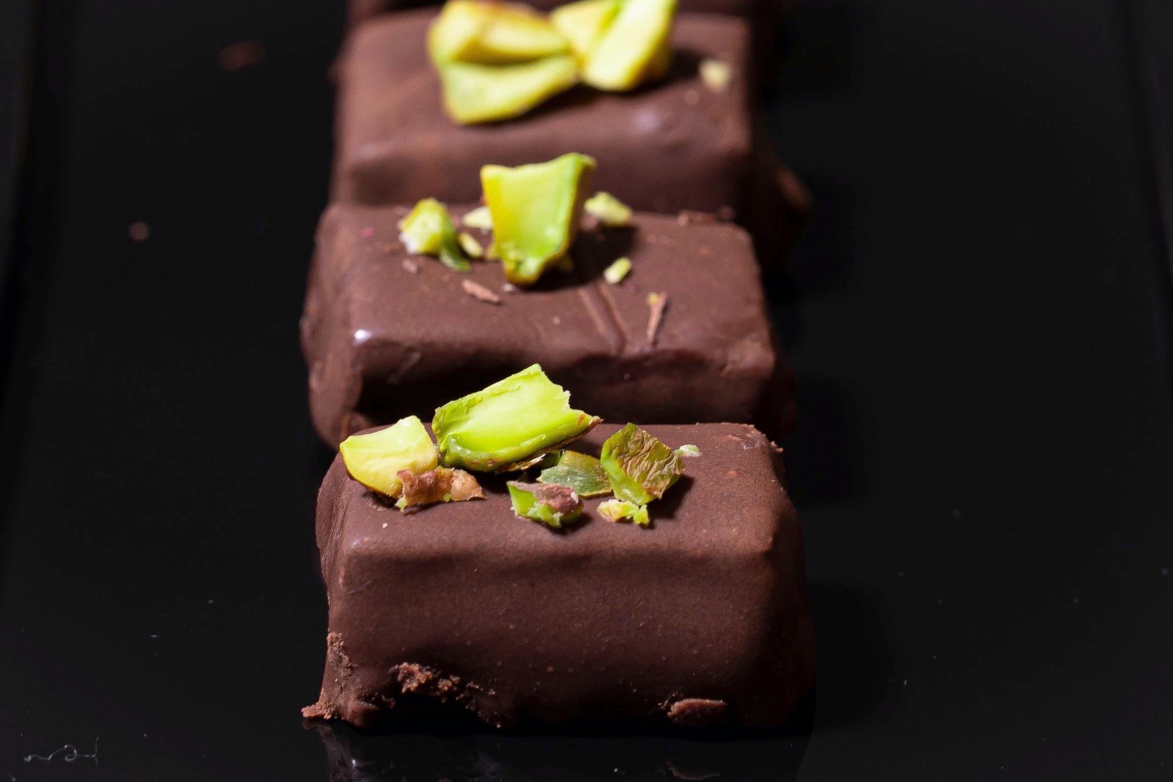 Bonbóny s čokoládou a naším slaným karamelem